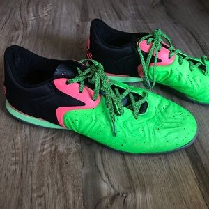 Men's Adidas Size 11.5 Green Black and Pink